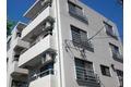 東京都世田谷区、新代田駅徒歩3分の築33年 4階建の賃貸マンション