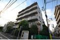 東京都世田谷区、明大前駅徒歩15分の築22年 5階建の賃貸マンション