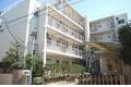 東京都中野区、新中野駅徒歩8分の築40年 4階建の賃貸マンション
