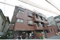 東京都港区、青山一丁目駅徒歩9分の築38年 4階建の賃貸マンション