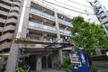 東京都港区、田町駅徒歩14分の築17年 6階建の賃貸マンション