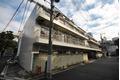 東京都文京区、本郷三丁目駅徒歩19分の築35年 3階建の賃貸マンション