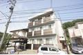 神奈川県川崎市麻生区、新百合ヶ丘駅徒歩17分の築9年 3階建の賃貸マンション