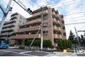 東京都世田谷区、千歳烏山駅徒歩20分の築23年 5階建の賃貸マンション