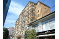東京都狛江市、喜多見駅徒歩8分の築41年 9階建の賃貸マンション