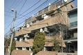 東京都世田谷区、梅ヶ丘駅徒歩12分の築32年 4階建の賃貸マンション