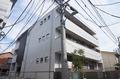 東京都新宿区、新大久保駅徒歩11分の築2年 3階建の賃貸マンション
