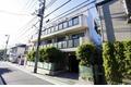 東京都世田谷区、経堂駅徒歩15分の築27年 3階建の賃貸マンション