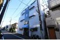 東京都世田谷区、駒沢大学駅徒歩17分の築46年 4階建の賃貸マンション