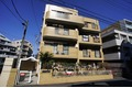 神奈川県川崎市多摩区、和泉多摩川駅徒歩15分の築27年 4階建の賃貸マンション