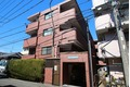 神奈川県川崎市中原区、武蔵小杉駅徒歩15分の築25年 4階建の賃貸マンション
