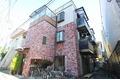 東京都世田谷区、三軒茶屋駅徒歩14分の築15年 3階建の賃貸マンション