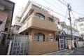 東京都世田谷区、三軒茶屋駅徒歩7分の築32年 3階建の賃貸マンション