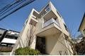 東京都中野区、中野駅徒歩12分の築3年 3階建の賃貸マンション
