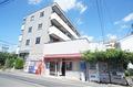 東京都狛江市、喜多見駅徒歩10分の築22年 4階建の賃貸マンション