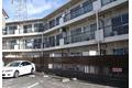 東京都調布市、千歳烏山駅徒歩18分の築38年 3階建の賃貸マンション