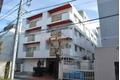 東京都港区、外苑前駅徒歩8分の築49年 4階建の賃貸マンション