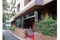 東京都港区、赤坂見附駅徒歩5分の築40年 7階建の賃貸マンション